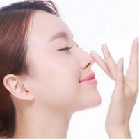 鼻整形 成都硅胶假体隆鼻 改善塌鼻梁 塑造完美鼻形